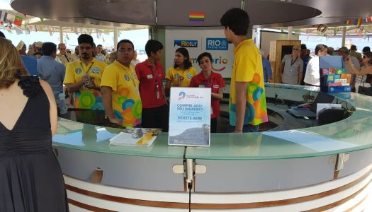 Riotur passa a vender na Praia de Copacabana ingressos para atrações turísticas