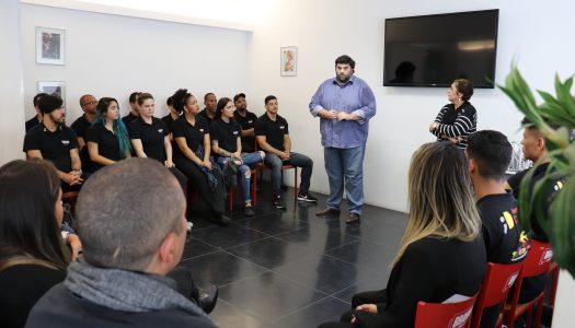 """SindRio, Instituto Diageo e Pertencer formam 30 bartenders do projeto social """"Learning for life"""""""