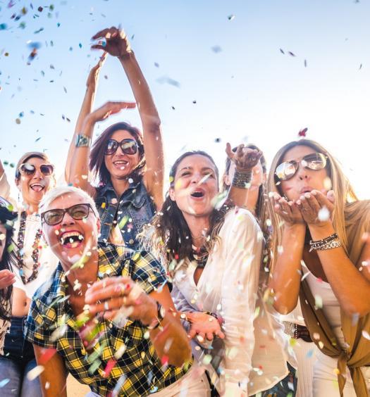 Turistas provam carnaval carioca